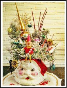 tabletopchristmastreesanta-2